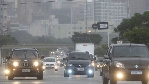 Venda de carros usados sobe 10% em um mês no Brasil