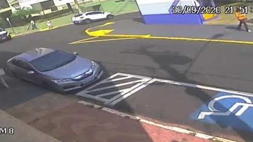 Idosa é atropelada por carro no Centro de Ribeirão Preto