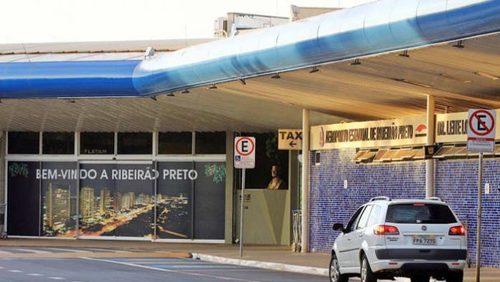 Passageiro passa mal durante voo e morre no aeroporto de Ribeirão Preto