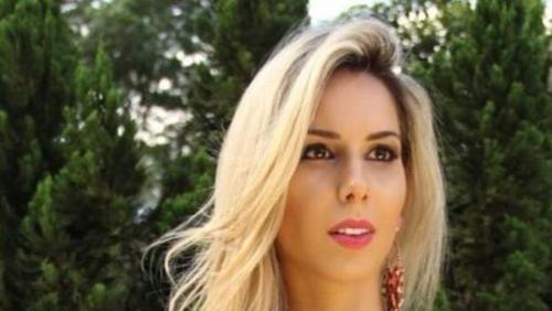 """Condenada por estelionato, """"Barbie do Crime"""" volta para a cadeia em Goiás"""