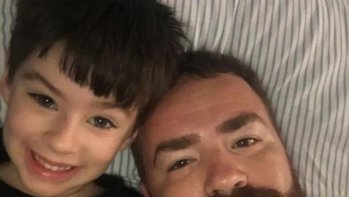 """Leniel Borel faz homenagem ao filho Henry: """"Desculpe o papai por não ter feito mais"""""""