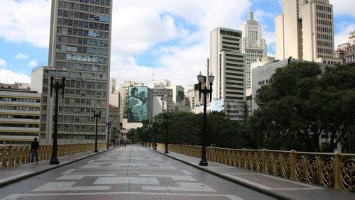 Governo de SP anuncia hoje se haverá mudanças na quarentena