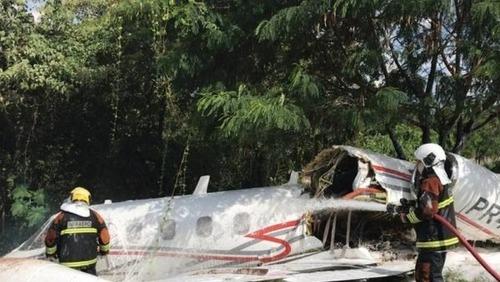 Áudio revela que avião que caiu em BH tentou pousar sem trem de pouso acionado