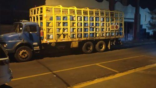 Três são detidos por envase clandestino de gás em Sertãozinho