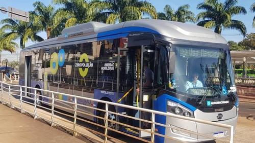 Ônibus elétrico faz 1º teste em linha do Ribeirão Verde