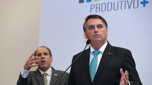 Bolsonaro pede a empresários para segurarem preço dos alimentos