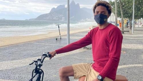 """Homem que vendeu bicicleta a instrutor de surfe diz que veículo era """"provavelmente roubado"""""""