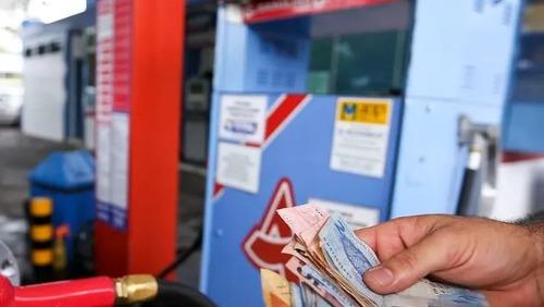 Gasolina sofre alta pela sétima semana consecutiva
