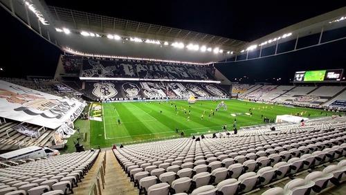 Governo de SP anuncia retorno de torcida aos estádios a partir de outubro