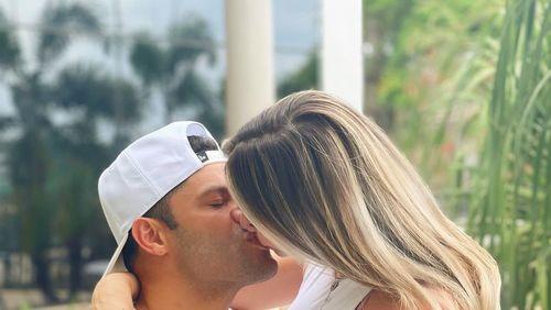 Hulk Paraíba revela sexo do primeiro bebê com Camila Ângelo, sobrinha da ex