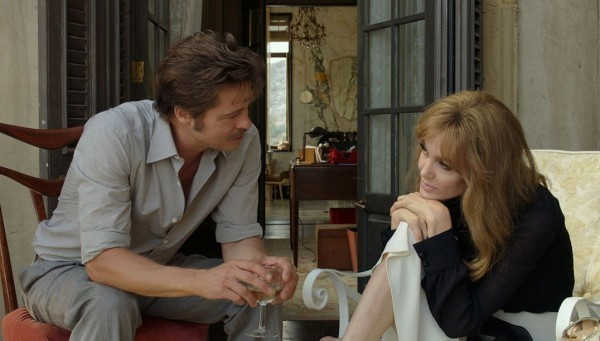 Jolie tentou se reaproximar de Brad Pitt durante gravação