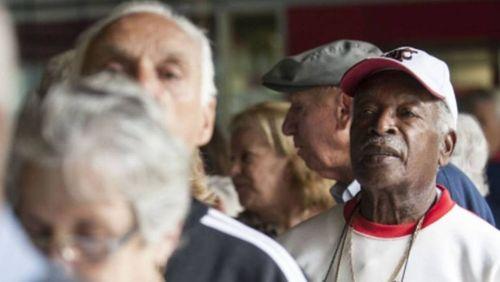 Inadimplência sobe entre idosos no país