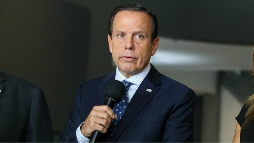 Governador João Dória anuncia produção de máscaras por presidiários