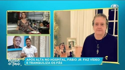 Fábio Júnior recebe alta e tranquiliza fãs em vídeo