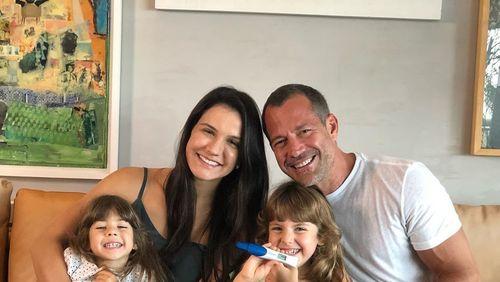 Malvino Salvador e Kyra Gracie anunciam a chegada do terceiro filho