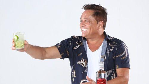 Cantor Leonardo promete que fará live sem beber