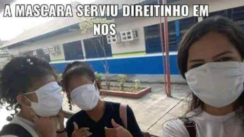 Governo do Amazonas distribui máscaras gigantes e estudantes fazem memes na internet